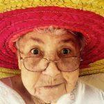 """""""Mummun"""" vinkit elämään: Uskalla olla outo jo nyt – älä odottele, että tulet vanhaksi!"""