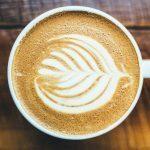 Kahvilla – Eckhart Tolle ja minä (Tarina, joka voi muuttaa elämääsi)
