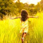 Sisäinen lapsi on viisas osa minua – se osaa jo elää hetkessä