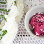 Herkullinen gluteeniton puolukkavispipuuro syntyy kvinoasta