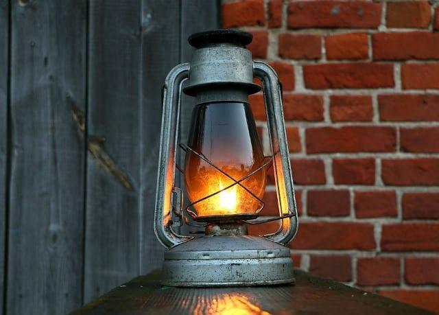 anna-valosi-loistaa-lyhty-640