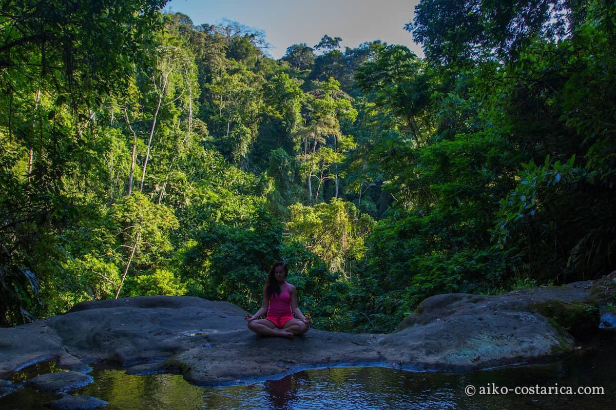 Yoga@Aiko-19