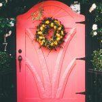Mitä vastaisit, jos ilo koputtaisi ovellesi?