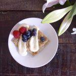 Jauhoton kardemumma-banaanipannukakku kutkuttaa makuhermoja ilman lisättyä sokeria