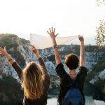 Yritätkö kovasti olla onnellinen, ja samalla kaihertaa sisäisesti? – 10 täsmäkysymystä selkeyttämään, mikä menee pieleen