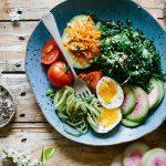 Pitäisikö painonhallinnan olla kaloreiden laskentaa vai hormonien tukemista?