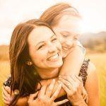 Haluaisitko olla täydellinen äiti? – Näillä ohjeilla (epä)onnistut varmasti!