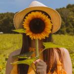 Itsensä vähättelijästä voi kasvaa itsensä tukijaksi – Terve itsearvostus kumpuaa ilosta ja lempeydestä itseä kohtaan