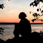Pelottaako innostua? Myötätunto auttaa kesyttämään itsekriittisyyden möröt