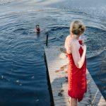 Kylmässä vedessä uiminen voi auttaa matkalle tunteisiin – Hengitä, rentoudu ja anna tunteen tulla