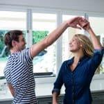 Turvallisessa parisuhteessa molemmilla on tilaa olla oma itsensä – Nämä 8 asiaa meidän jokaisen on tärkeä saada kuulla