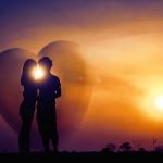 Näin myrkyllinen parisuhde alkaa ja etenee: 6 traumasuhteen tyypillistä vaihetta