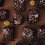 Ihmeellisen herkullinen kolmen ainesosan brownie
